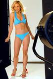 Elisabeth Hasselbeck Bikini Pics from Fitness Magazine Foto 26 (Элизабет Хэйсельбек Бикини иллюстрации из фитнес журнала Фото 26)