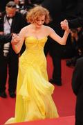 th_91712_Tikipeter_Jessica_Chastain_The_Tree_Of_Life_Cannes_152_123_211lo.jpg