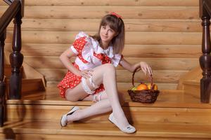 http://img231.imagevenue.com/loc367/th_105439151_tduid300163_Silver_Sandrinya_maid_1_105_122_367lo.JPG