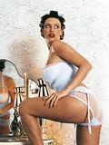 http://img231.imagevenue.com/loc405/th_42930_140515_housemaid_sophie_02_123_405lo.jpg