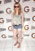 +5 HQ * Emma Roberts @ OASIS Beach Club Day 2 at the Coachella Music and Arts Festival 04/16/11