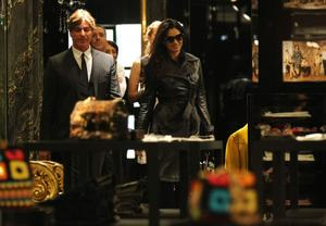 Моника Беллуччи, фото 1562. Monica Bellucci Shopping in Milan, Italy 01-03-2012, foto 1562