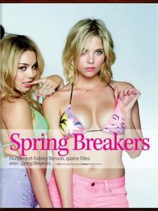 http://img231.imagevenue.com/loc565/th_038887273_Spring_Breakers_Girls_in_Studio_Cine_Magazine005_122_565lo.jpg
