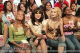 Hilarie Burton & Keira Knightley *TRL 2004*